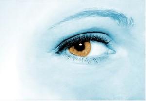 eye 428390 640 300x208 - あなたの動画を注目させる注目コンテンツの設定方法