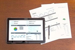 modern technologies 1263422 640 300x200 - YouTube動画&チャンネルの分析(=アナリティクス)の方法