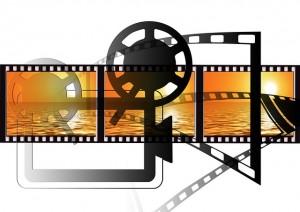 projector 64149 640 300x212 - 動画編集ソフト:Microsoftムービーメーカーのダウンロード方法