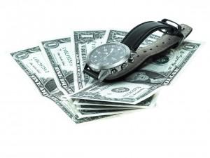 wrist watch 941249 1280 300x225 - 副業においての投入時間の必要性と考え方