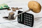 1480652032 - 4人家族で年間に必要なお金はどのくらい?